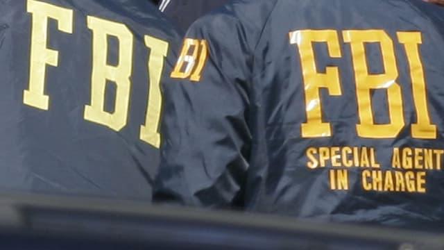 2 agents dal FBI da davostiers.
