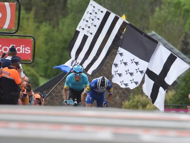Julian Alaphilippe siegt an der Flèche Wallonne.