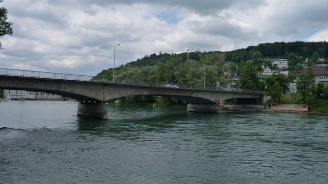 Die vielbefahrene Kettenbrücke in Aarau sollte ersetzt werden. Dies könnte sich nun allerdings verzögern.