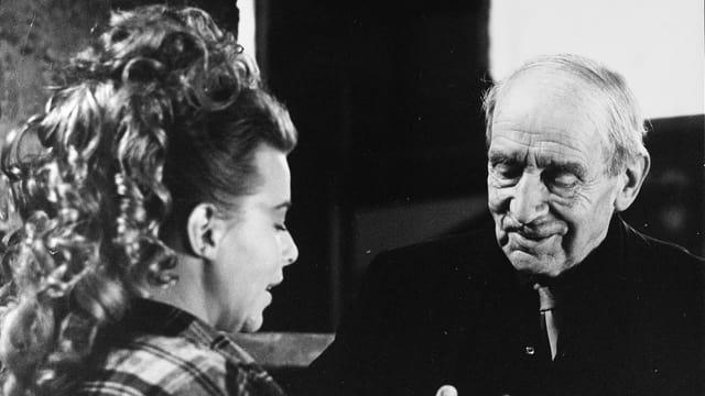 Dinah Hinz und Arnold Kübler bei Sprachaufnahmen