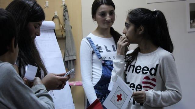 Freiwillige Jugendliche in Armenien.