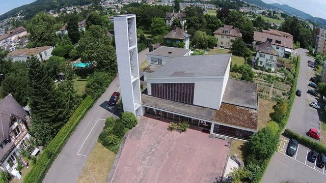 Die Kirche von Turgi von oben.