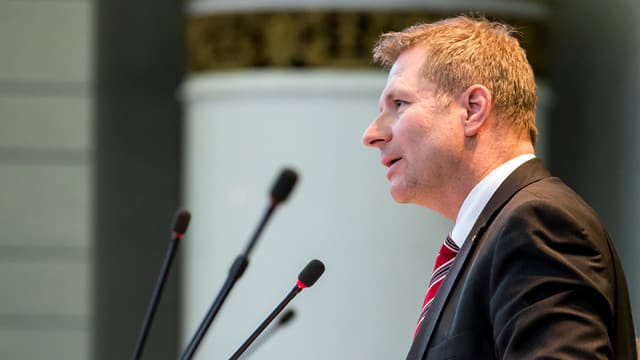 Marcel Schwermann im Parlament.