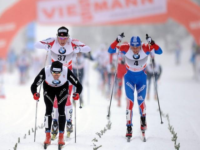 Skilangläufer am kämpfen