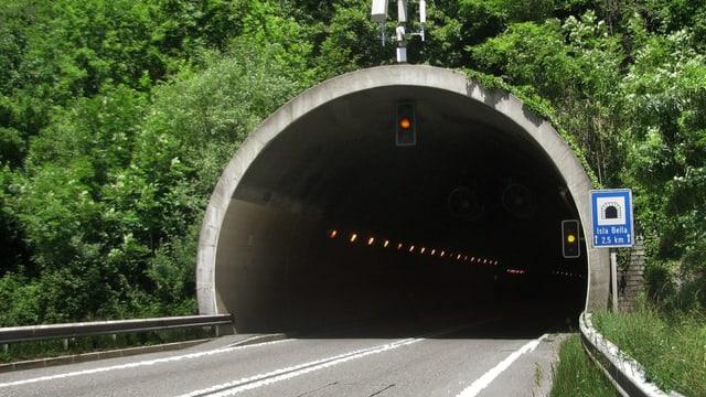 Il tunnel Isla Bella sin l'A13