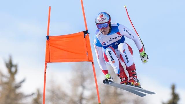 il skiunz Niels Hintermann en acziun