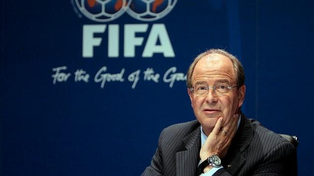 Urs Linsi während einer Pressekonferenz am Fifa-Hauptsitz in Zürich.