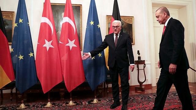 Il president tirc Erdogan vegn guidà dal president da la Germania Steinmeier.