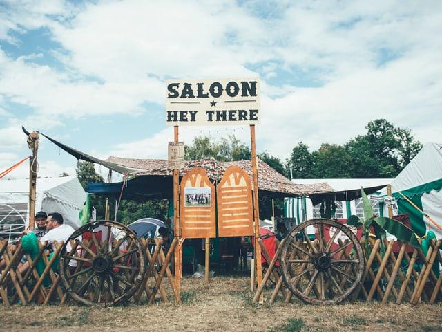 Willkommen im Saloon: