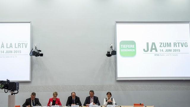Il comité per il RTVG ha presenta oz ses arguments per in gea a la nova lescha.