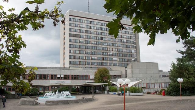 Bruderholzspital von aussen