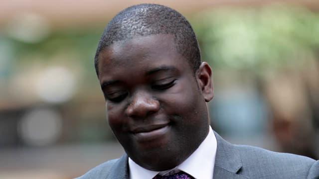 Kweku Adobol aveva chaschunà il 2011 ina perdita commerziala da 2,3 milliardas dollars a l'UBS.