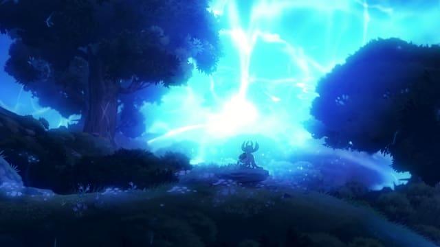 Ori blickt auf Gefahr - ein blaues Neonlicht.