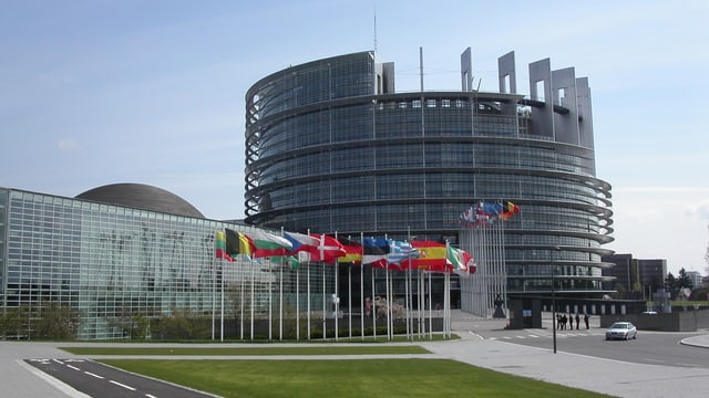 Parlament Uniun europeica a Strassburg.