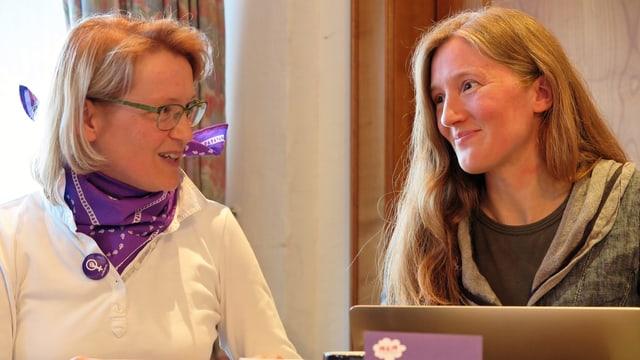 Brigitte Waser-Bürgi (links) und Karin Schwiter vom Schwyzer Frauenstreik-Komitee 2019.