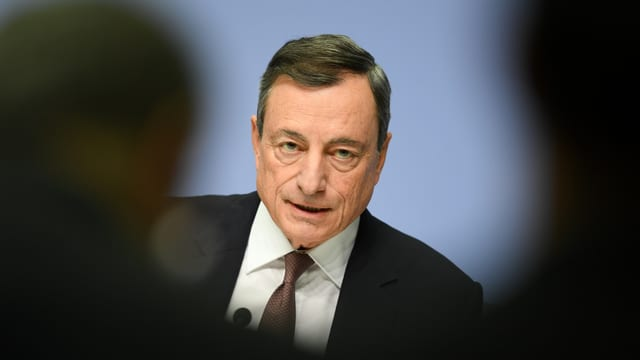 Grossaufnahme von Mario Draghi.