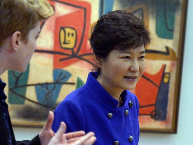 Südkoreas Präsidentin Park besuchte am Sonntag das Zentrum Paul Klee. (Keystone)