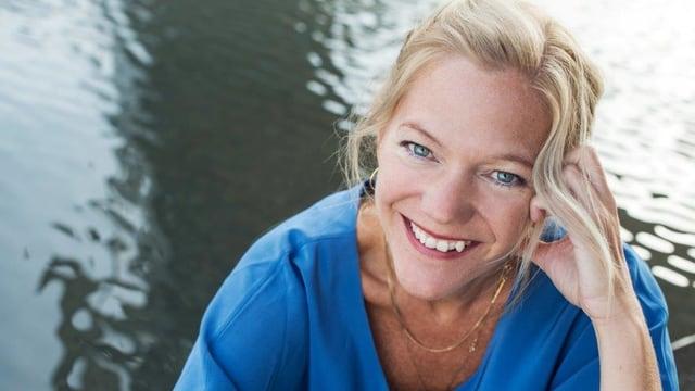 Video «Maja Lunde: Haben wir die Erde nur von unseren Kindern geborgt?» abspielen