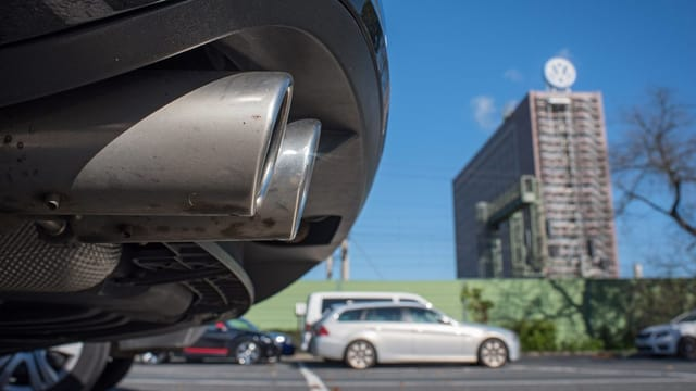Prest 130'000 autos dal concern da VW ston vegnir remediads en Svizra.