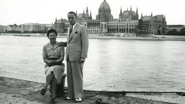 Carl Lutz mit seiner Frau Gertrud in Budapest