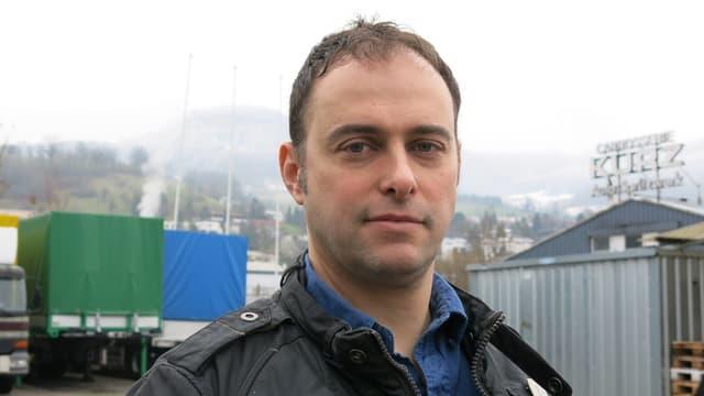 Porträt von Tom Kreienbühl.