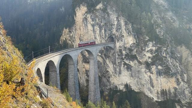 L'atun da l'onn passà hai gia dà ina fasa da test dal project d'inscenar il viaduct dal Landwasser.