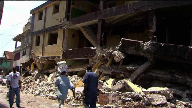 Video «Die grössten Naturkatastrophen: Erdbeben (2/6)» abspielen