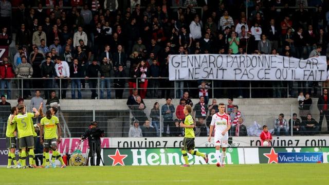 Sion-Fans entschuldigen sich beim degradierten Gennaro Gattuso für die Handlungen ihres Präsidenten.