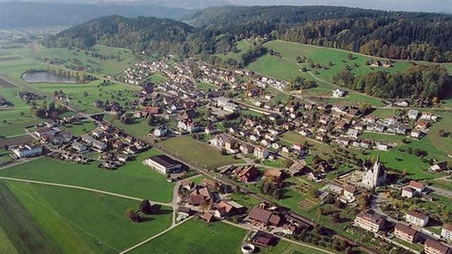 Die Gemeinde Egolzwil und Wauwil von oben.