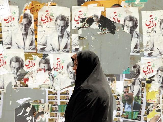 Plakate von Velayatai bei den Präsidentschaftswahlen 2013.
