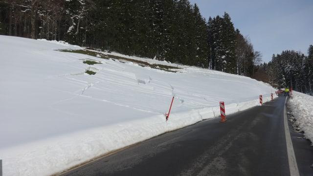 Die Kantonspolizei Ausserrhoden musste Strassen sperren wegen Schneebrettern.