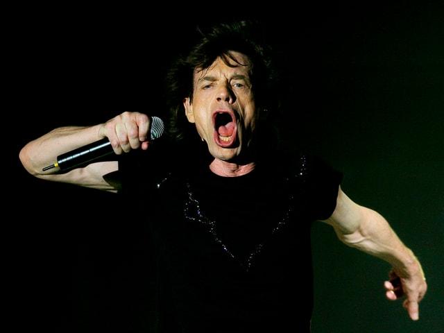 Jeder Sänger dieser Welt möchte sich bewegen können wir Sir Mick Jagger. Und fast jede Rockband möchte den lasziv-dreckigen Sound seiner Band drauf haben.