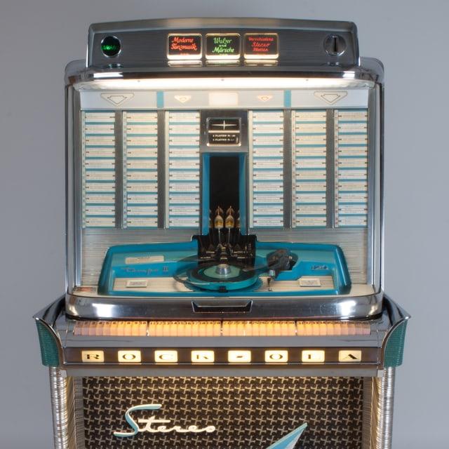 Jukebox mit Plattenspieler