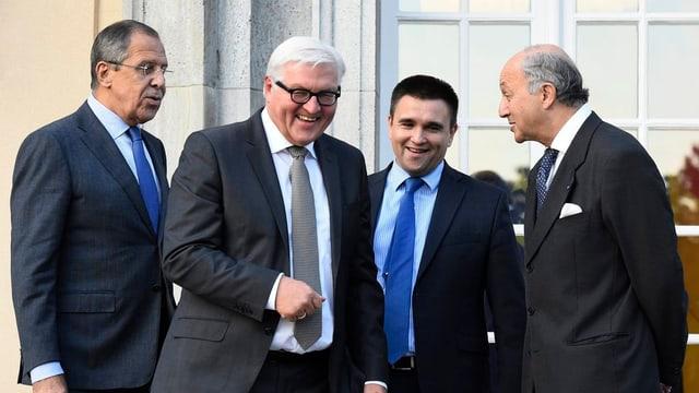 Ils 4 minister da l'exteriur.