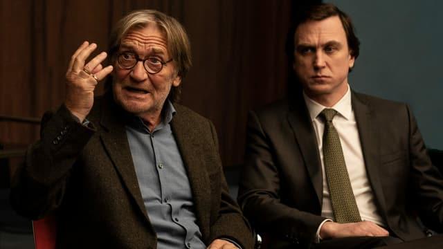 Matthias Habich als Richard Gärtner, Lars Eidinger als Rechtsanwalt Biegler