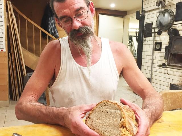 Bäcker Kast und sein Brot