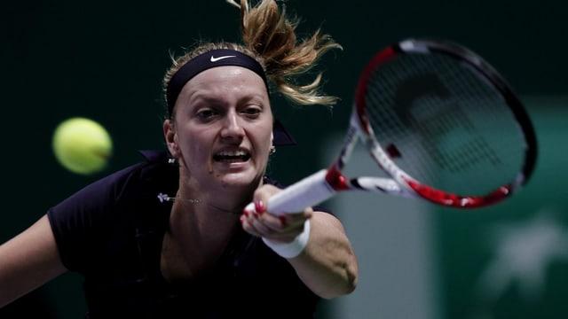 Petra Kvitova rang Angelique Kerber nieder und sicherte sich damit das Halbfinal-Ticket.