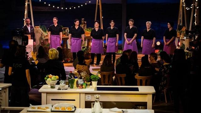 Die 7 Landfrauen der letzten Staffel mit Nick Hartmann