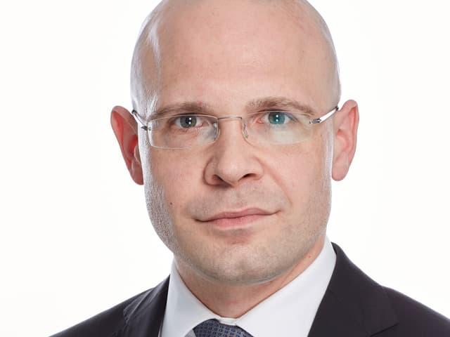 Porträt von Justiz- und Sicherheitsdirektor Baschi Dürr (FDP)