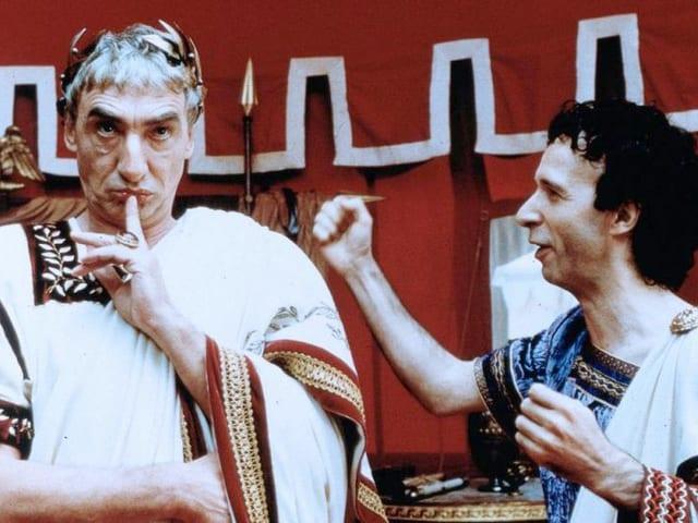 Für seine Rolle als Julius Caesar im Film «Asterix und Obelix gegen Caesar».