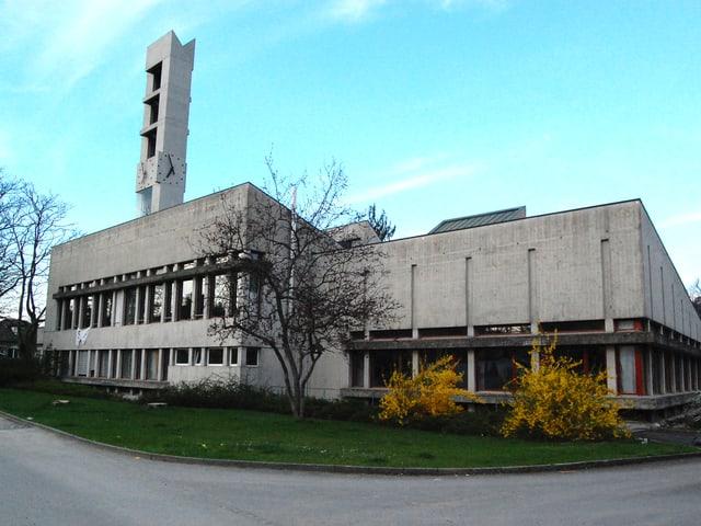 Moderne Kirche aus Beton