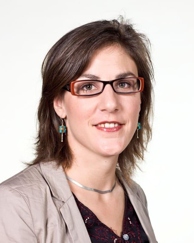 Porträt von Karin Wenger, Radio SRF Südasien-Korrespondentin.