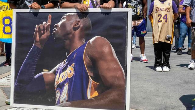 Kobe Bryant wird in NBA-Ruhmeshalle aufgenommen