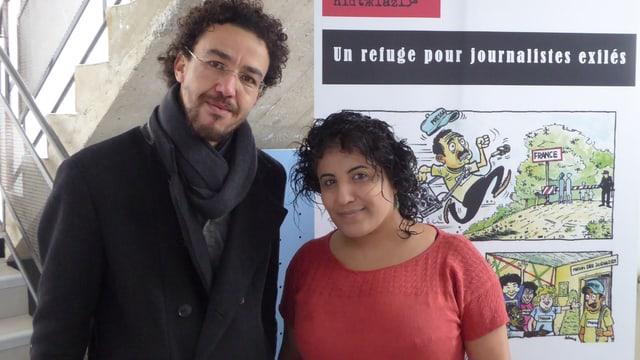 Rowaida Kanaan posiert mit einem syrischen Journalisten.