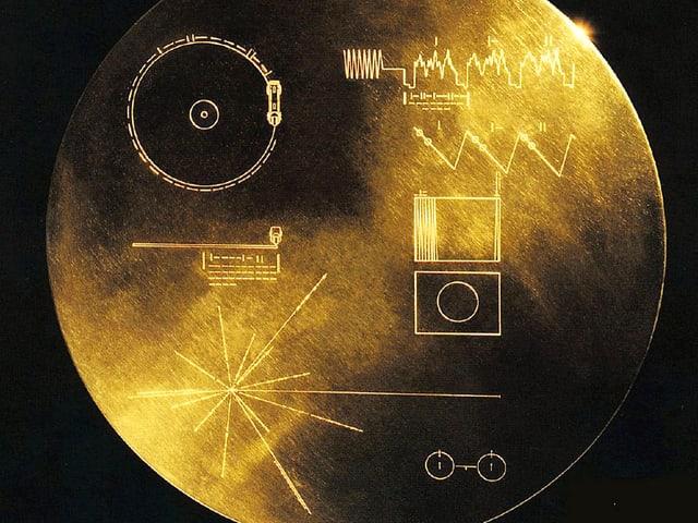 Goldene Schallplatte mit Gravur.