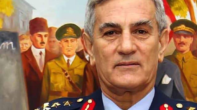 Der frühere Kommandant der Luftwaffe, Akin Öztürk.