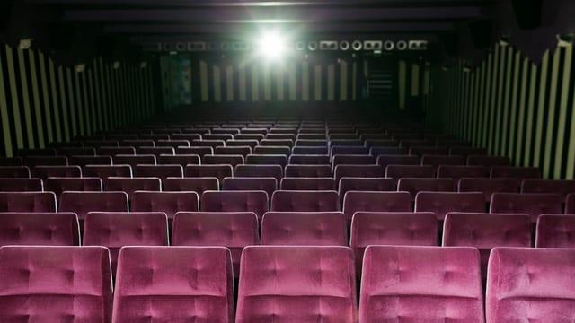 En 9 fin 10 salas da kino duain ils pli novs films vegnir mussads.