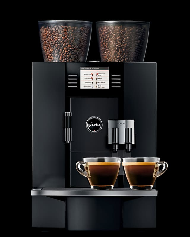 Ein Kaffee-Vollautomat Giga X8 der Marke Jura.