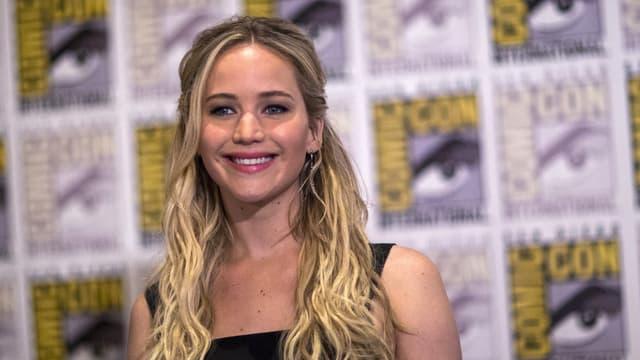 Jennifer Lawrence lacht