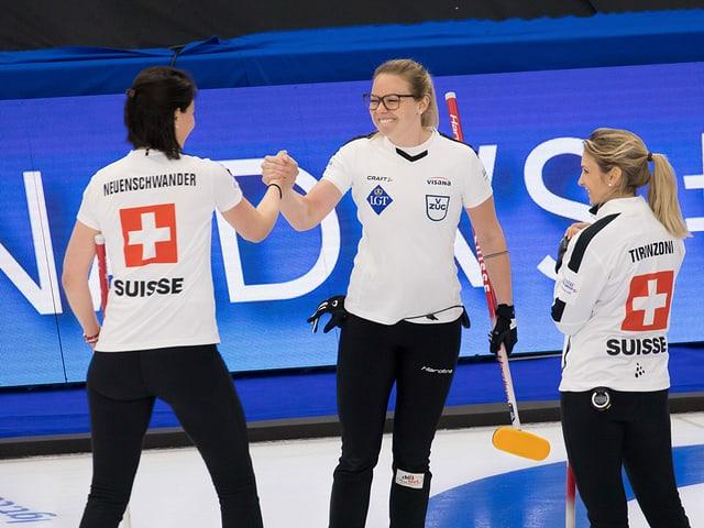 Schweizer Curlerinnen auch gegen die USA erfolgreich